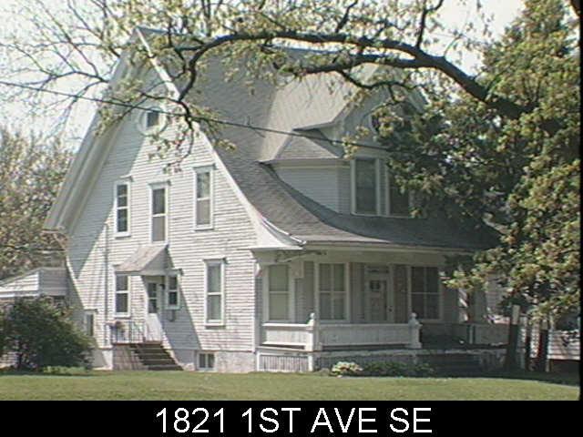 1821 1st Ave SE